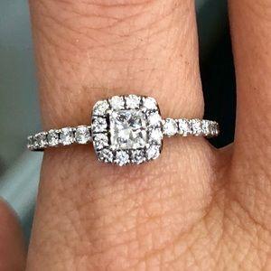 14k Gold Princess Cut Diamond Halo Engagement Ring